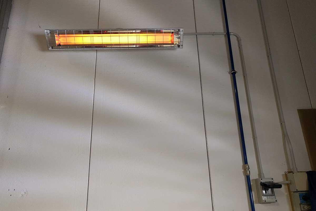 Riscaldamento elettrico a raggi infrarossi - capannone di circa 900 mq con un altezza di 6 metri
