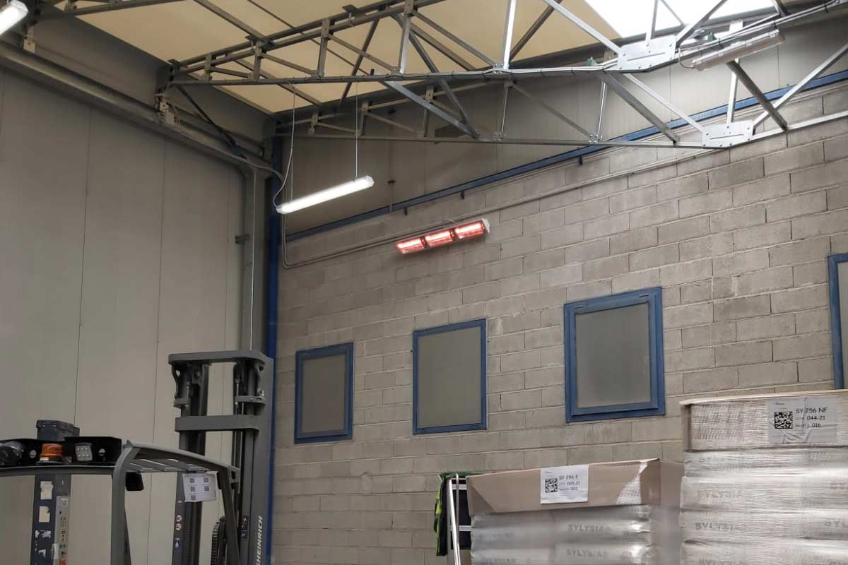 Impianto di Riscaldamento con tecnologia Grado Heaters | Lampade a infrarossi Onda Corta | Tensostruttura Mobile in Pvc | Località Montagna